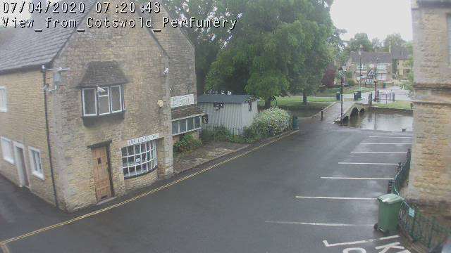 Live Bourton on the Water webcam